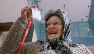 Бабушка легкого поведения 2