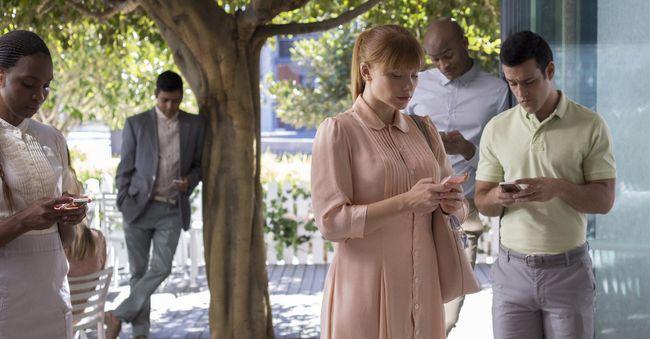Черное зеркало 6 сезон — дата выхода сериала-антологии