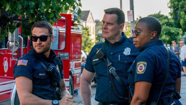 911 4 сезон — дата выхода сериала о службе спасения
