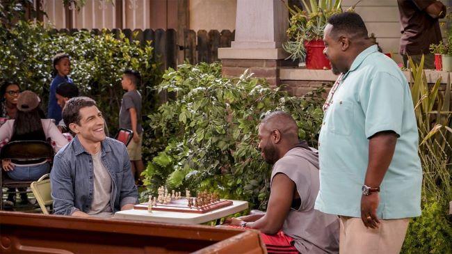 Соседство 3 сезон — дата выхода комедийного сериала
